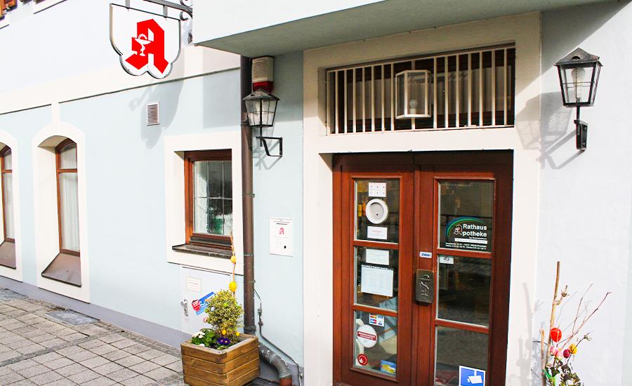Rathaus Apotheke Treuchtlingen Außenansicht, Apotheken Notdienst